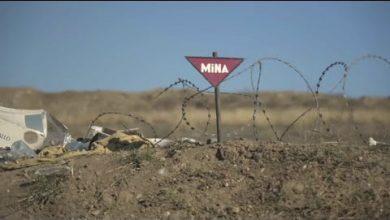 Photo of Выжили лишь чудом: в Карабахе ракета пролетела прямо над джипом журналистов (видео)