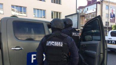 Photo of В Грузии террорист захватил банк вместе с людьми: условия выдвинул власти