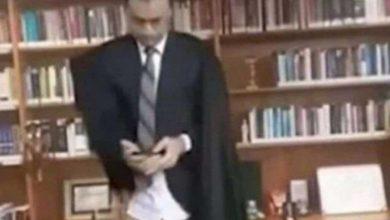 Photo of Судья Верховного суда предстал перед публикой без штанов (ВИДЕО)