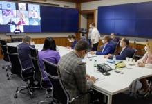 Photo of Зеленский представил послам G7 шаги для выхода из конституционного кризиса