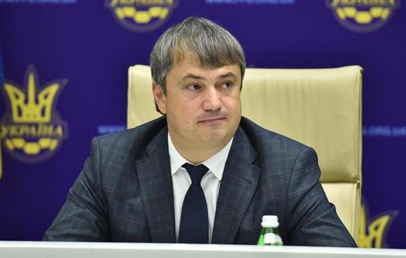 В это непростое время нам удалось удержать корабль детско-юношеского футбола на плаву, - Костюченко