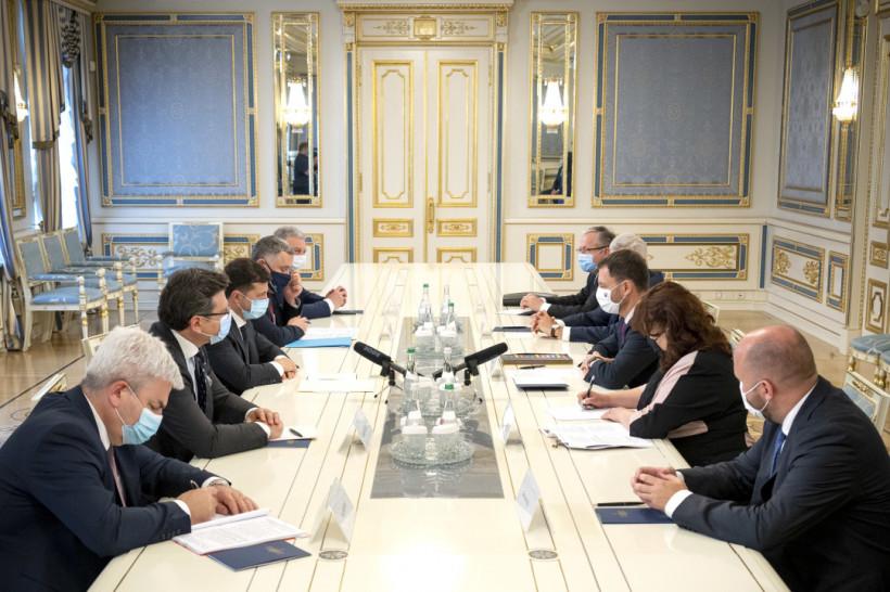 Зеленский встретился с премьером Словакии - о чем говорили