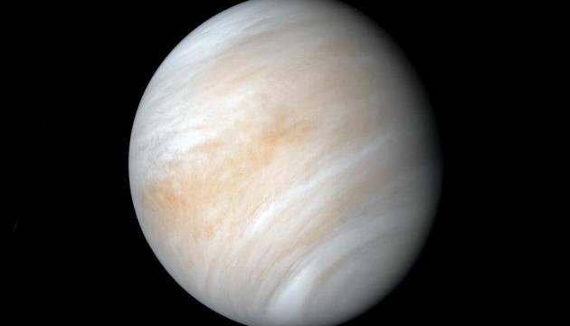 Ученые выяснили, почему продолжительность суток на Венере постоянно разная
